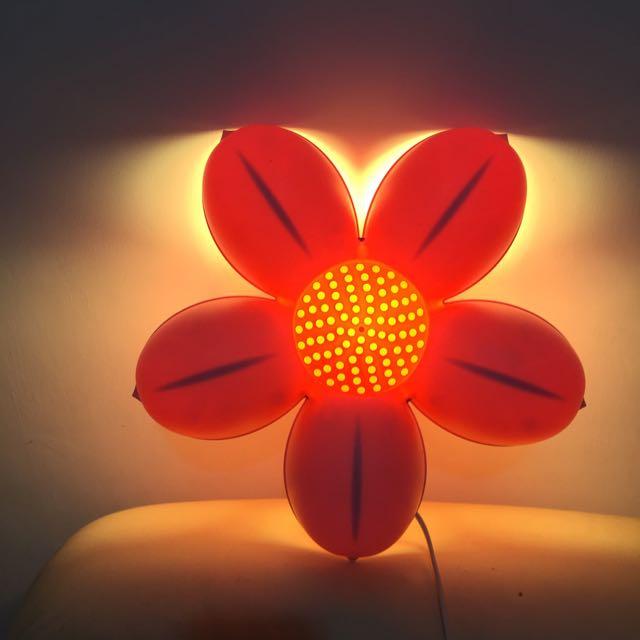 IKEA 小花壁燈