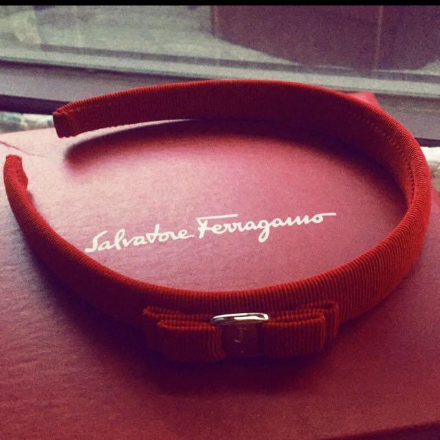 義大利名牌Salvatore Ferragamo髮圈