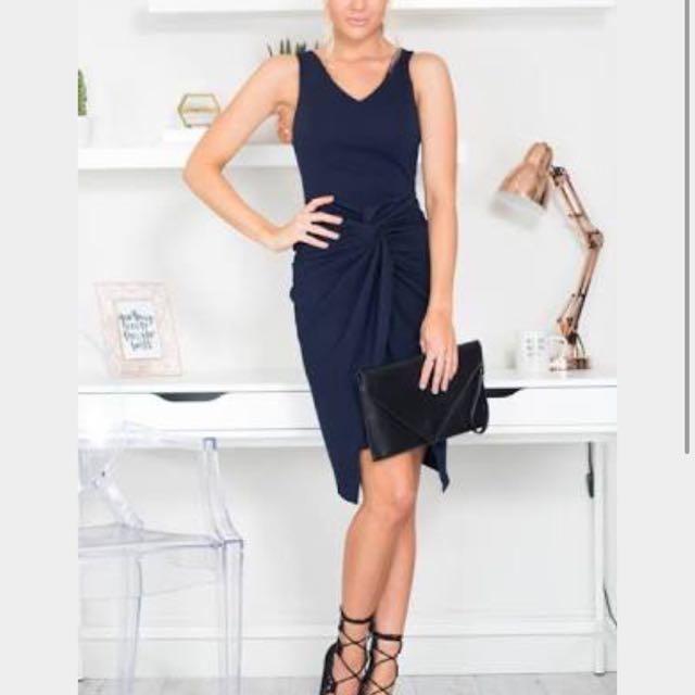 Showpo Executive Toss And Turn Navy Dress Size 6