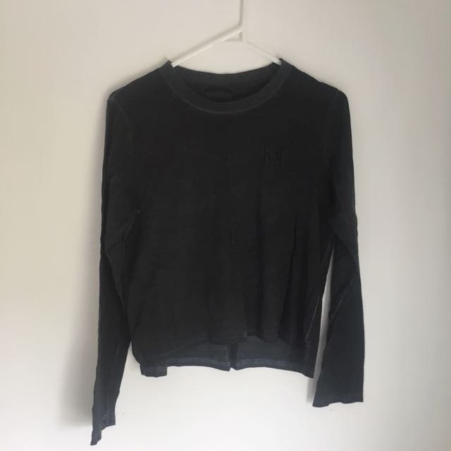 Silent Theory Long Sleeve (size 6)