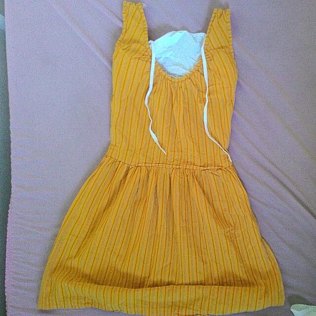 Sleevless Orange Dress