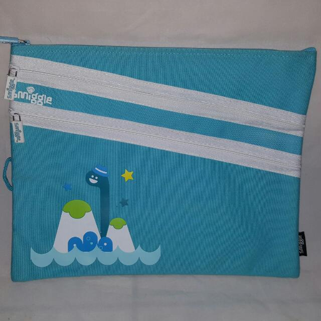 Smiggle Canvas Pcase : A4