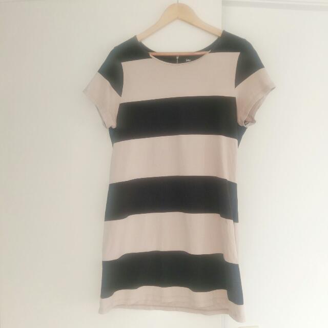 Sportsgirl T-shirt Dress Size M