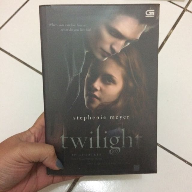 Twilight Novel (in Bahasa)