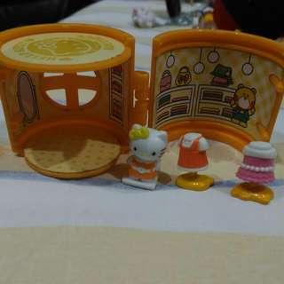 Hello Kitty迷你服飾店