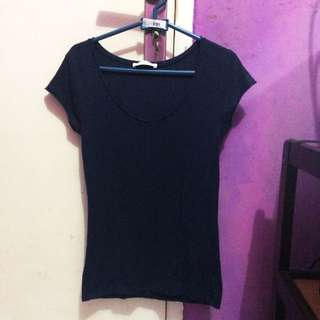 RE-price!!! KAOS VNECK ZARA