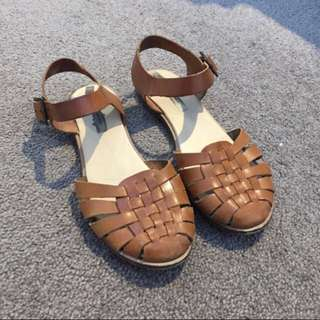 Pull And Bear Tan Brown Sandals 37
