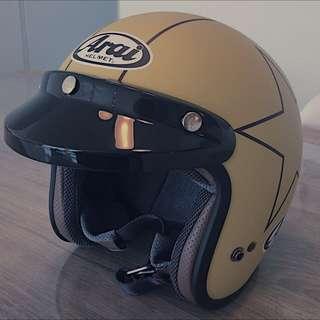 Arai Classic Modern Helmet