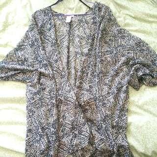 Patterned Lightweight Kimono AUS Size M-L