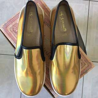 全新✨金色樂福鞋