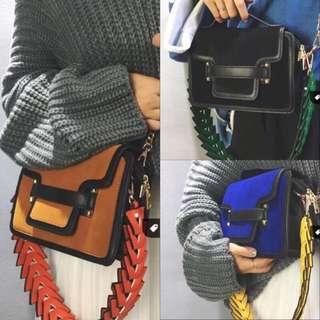 Pita歐美品牌風格麂皮絨布兩用背法撞色背帶秋冬必備編織寬背帶小方包預購品實拍