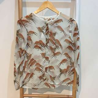 Blouse local brand