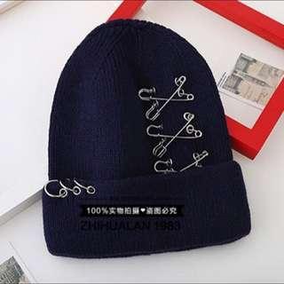 個性別針扣環毛帽