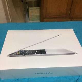 macbook pro 13 with touchbar rush! 256gb