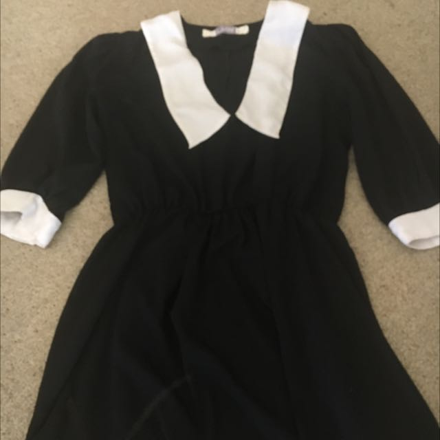 Black and White 90's Collared Dress