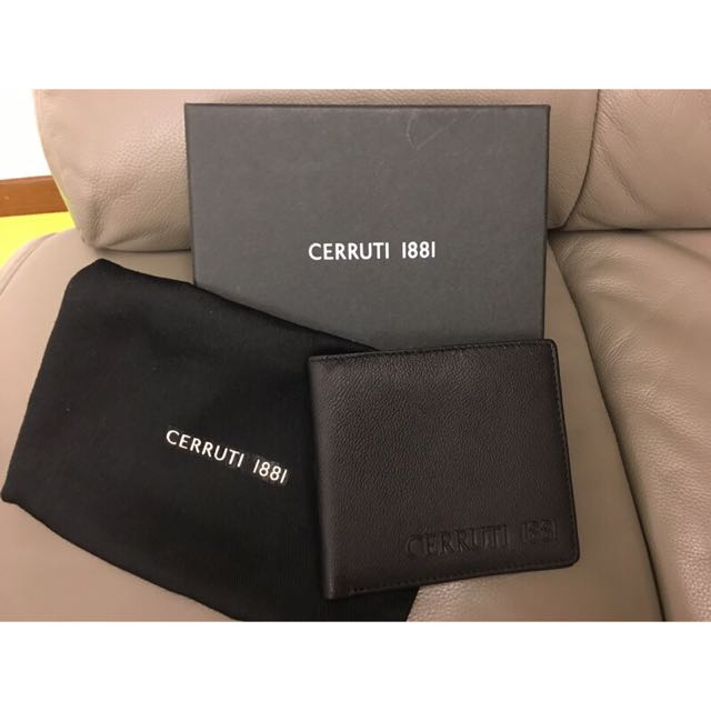 CERRUTI 1881 黑色皮夾 全新,但內有燙金名字