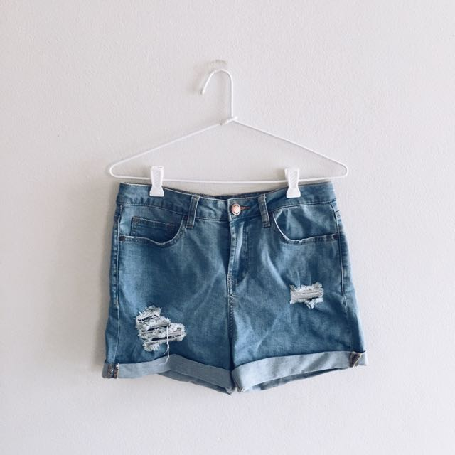 GLASSONS BLUE DISTRESSED DENIM SHORTS SIZE 8