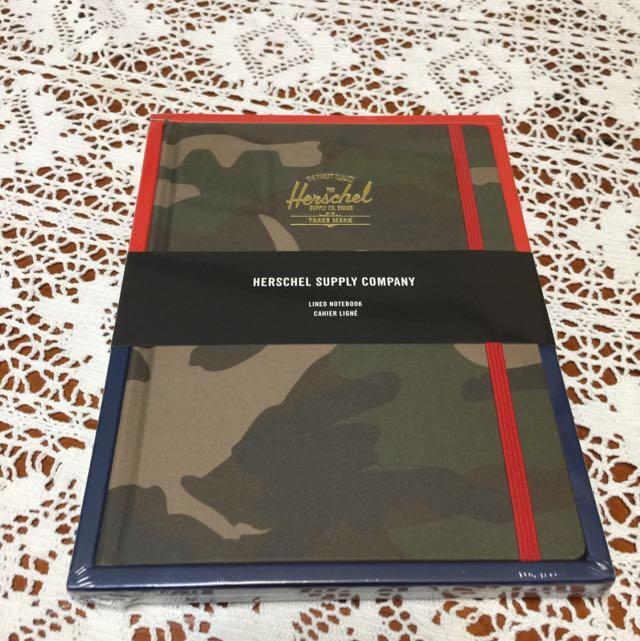 Herschel 迷彩筆記本