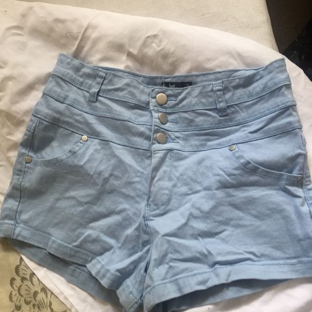 High Waisted Short Size 10