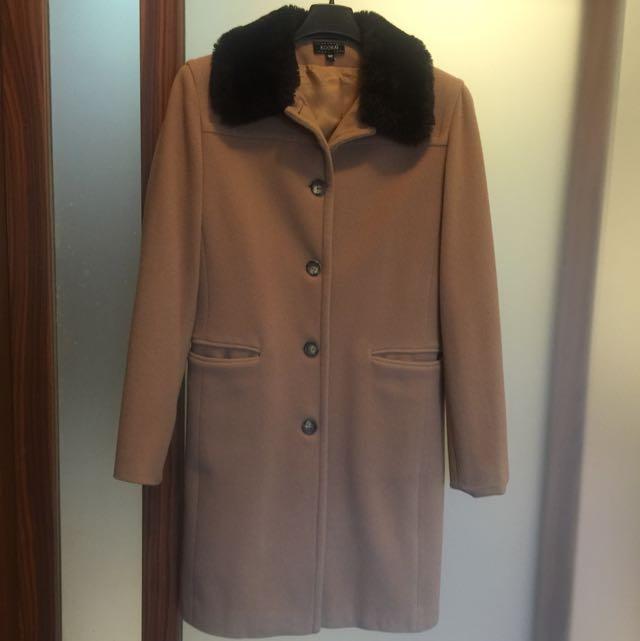 Kookai 百貨公司專櫃正品。 深駝色大衣