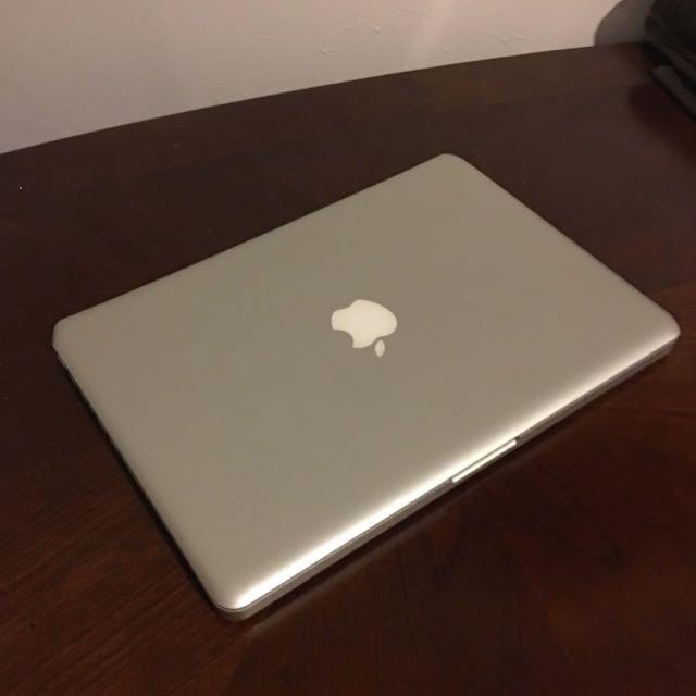 MacBook Pro, 2011