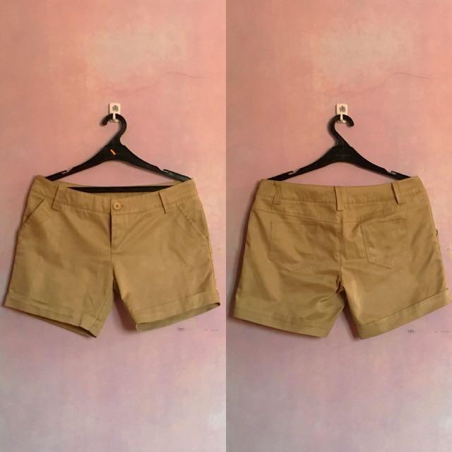 [PRELOVED] DNY Khaki Short Pants