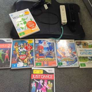 ‼️WII CONSOLE + WII FITNESS PAD + 7 GAMES‼️