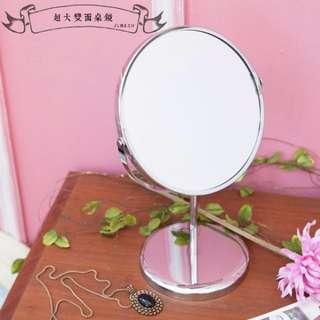 🚚 超大雙面桌鏡(鏡面19公分/可放大3倍效果)
