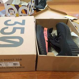 yeezy 350 Core Black Red