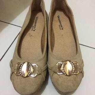 Sepatu Wedjes