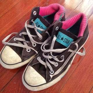 Converse Chuck Taylor's Size 3