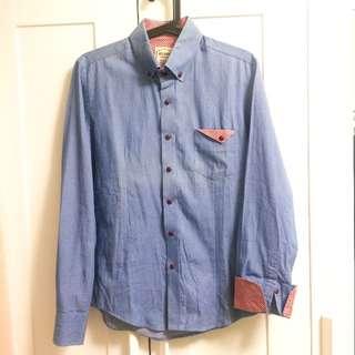 [降價] 東區 藍色內襯紅條紋男版襯衫