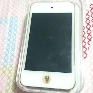 *Price Reduced* iPod Touch 4th Generation (8GB)