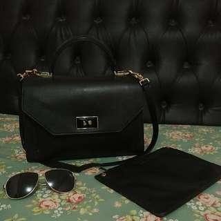 charless & keith office bag AUTHENTIC 1000% Beli di store langsung