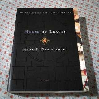 House Of Leaves - Mark Danielewski