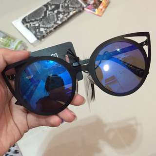 H&M sunglasses (real pic)