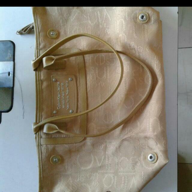 Repriced!!Authentic Calvin Klein