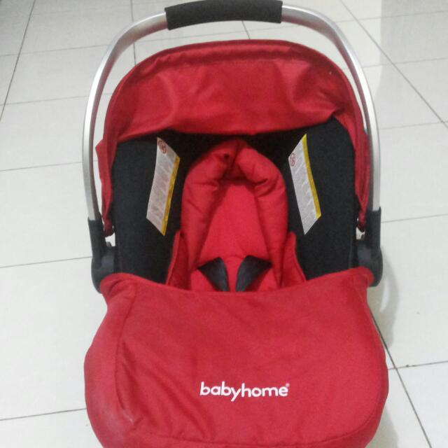 REPRICE !! Babyhome Egg0+ Infant Car Seat - Red