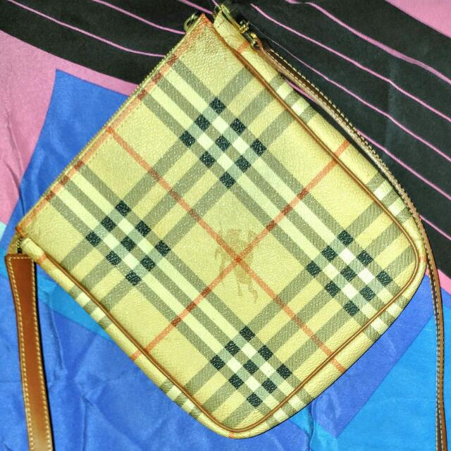 Burberry Sling Authentic