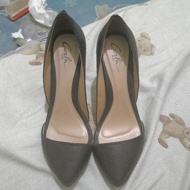 Carla Aunthentic Pointy Shoes Or Heels