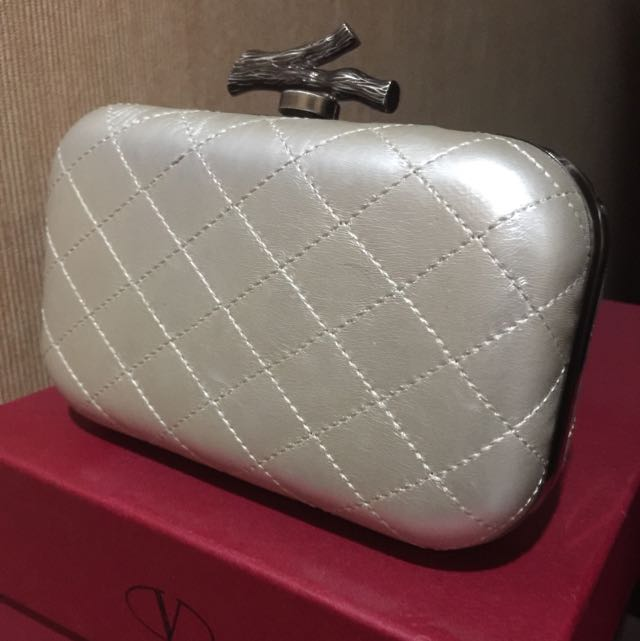 Clutch tas pesta Pearl