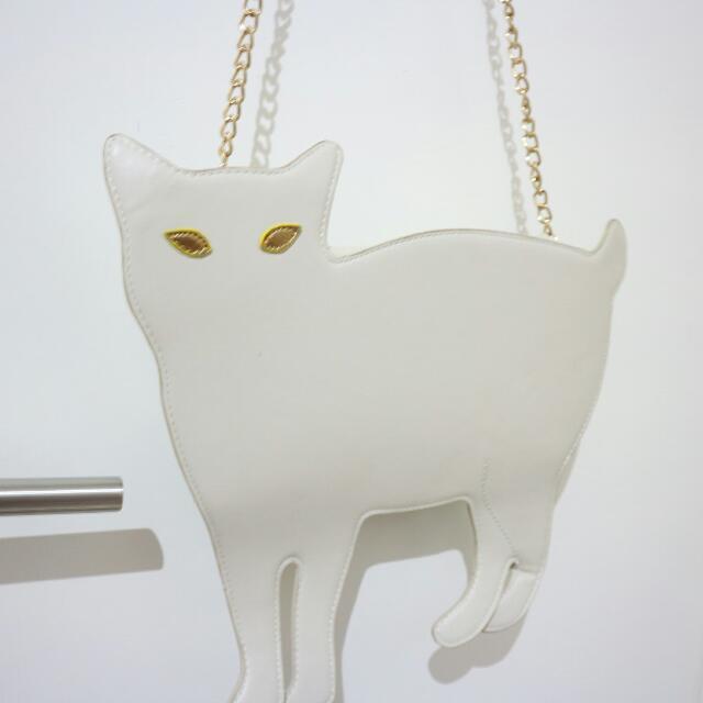 Clutch White Cat
