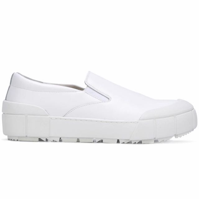 Emporio Armani 白鞋
