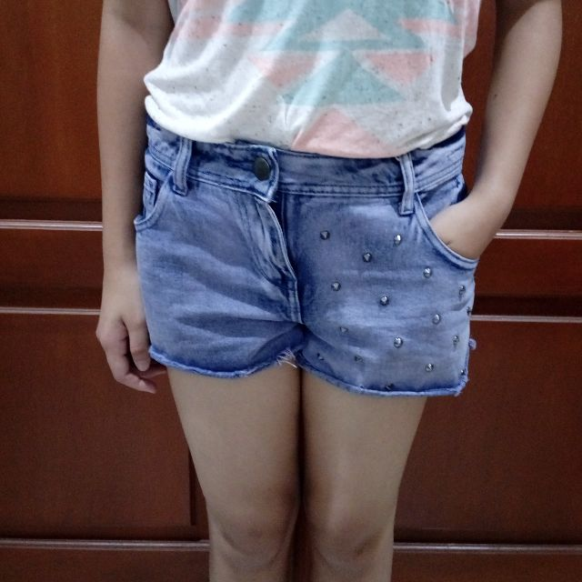 purple studded denim short