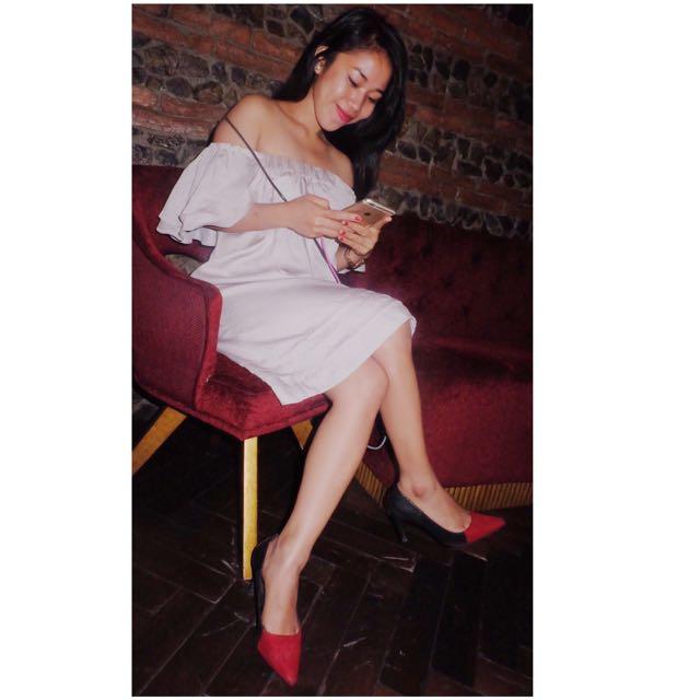 Sabrina Dress Silver Good Condition
