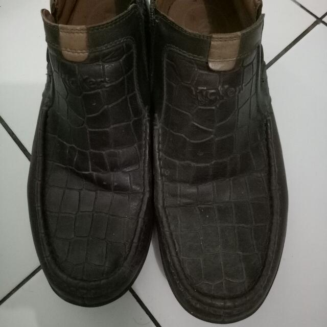 Sepatu KICKERS ASLI tipe Boots Warna Dark Brown