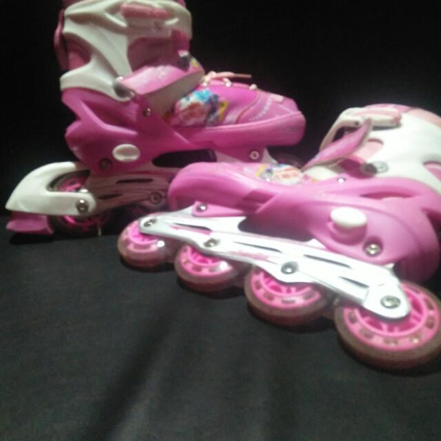 Sepatu Roda Kuda Poni Babies Kids Toys Walkers On Carousell
