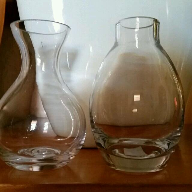 36 Small Vases For $55