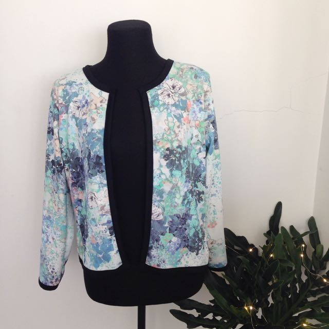 Watercolor Cardigan/ Light Blazer