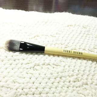 Bobbi Brown 粉底刷